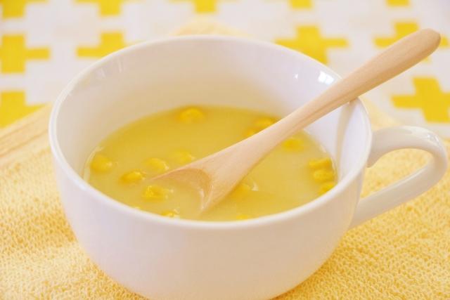 とうもろこしの芯で作るコーンスープ