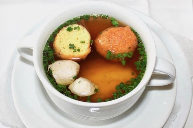時短レシピ・簡単オニオングラタンスープの作り方